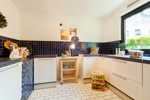 Nachher: dekorierte Küche mit Homestaging